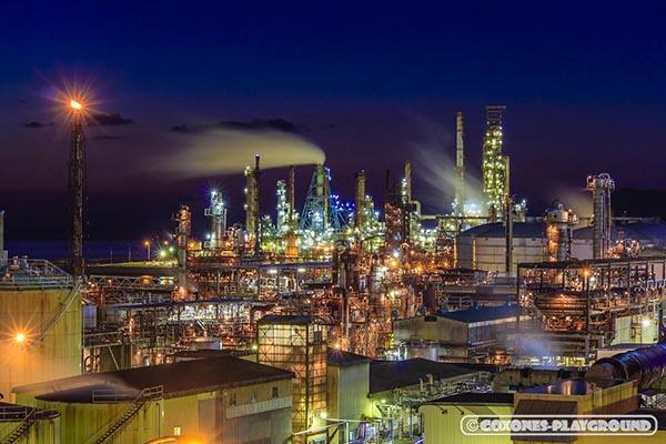 JXTGエネルギー室蘭製造所の工場夜景