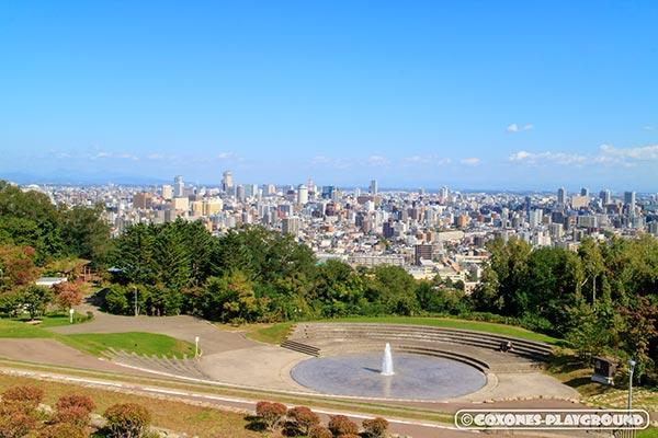 旭山記念公園の展望広場全景