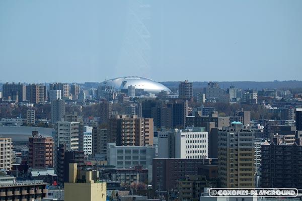 はるか遠方でも一際存在感を放つ札幌ドーム