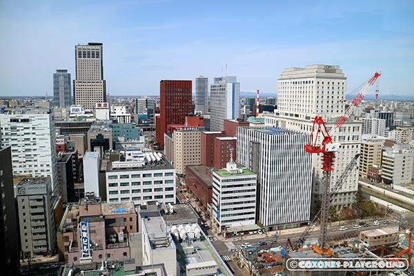 展望回廊から望む札幌駅(JRタワー)方面
