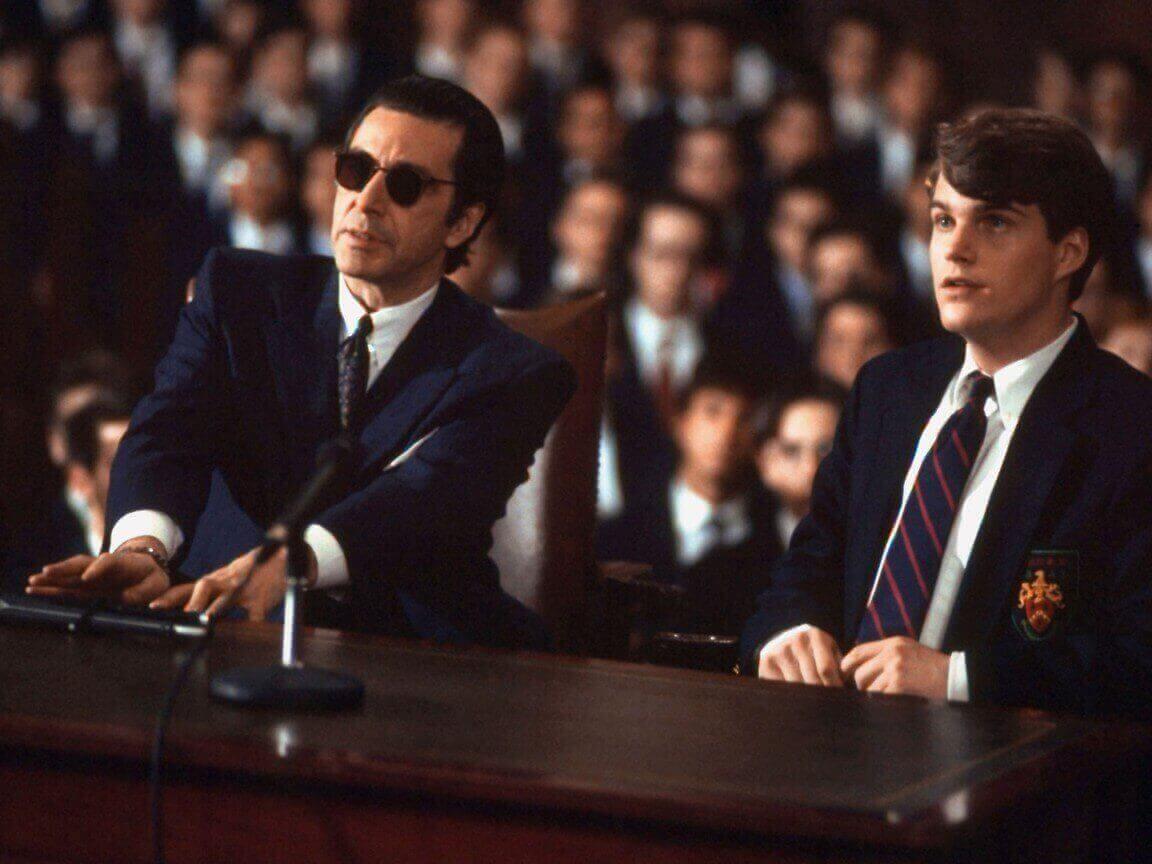 チャーリーとフランクで弁論会に臨む