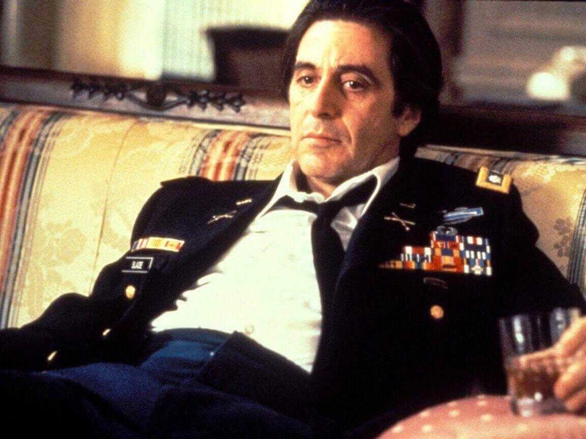 フランク・スレード中佐